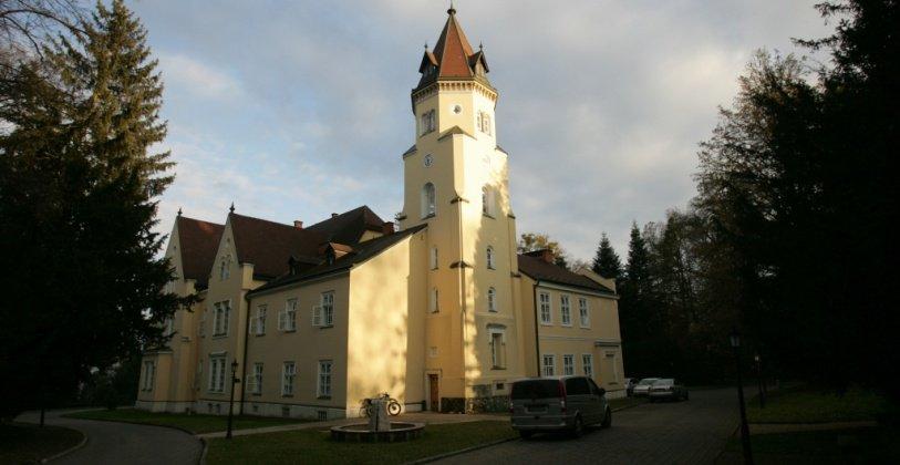 Festetich Kastélyszálló és Zsuzsanna Hotel - Szeleste