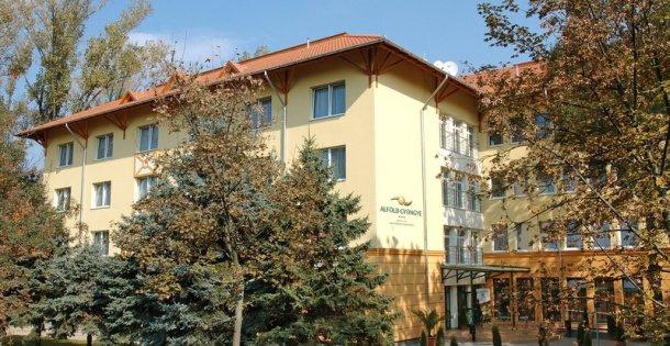Alföld Gyöngye Hotel és Konferenciaközpont***+ - Karácsonyi kényelem most féláron!