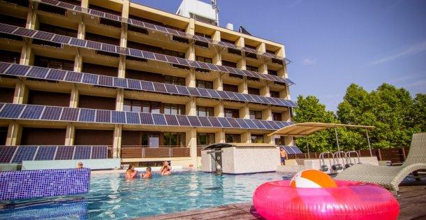Balaton Hotel*** - Pünkösdi kikapcsolódás Siófokon – félpanziós ellátással