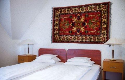 Standard, második emeleti, kétágyas szoba